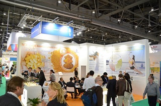 3 key members of our Russian distributor, Invita were present at Vitafoods – they were enthused by the reception that they received from our team and were inspired to get their major customers to have detailed business meetings at our stand. We are already in the process of finalising our first business transaction with one of these customers